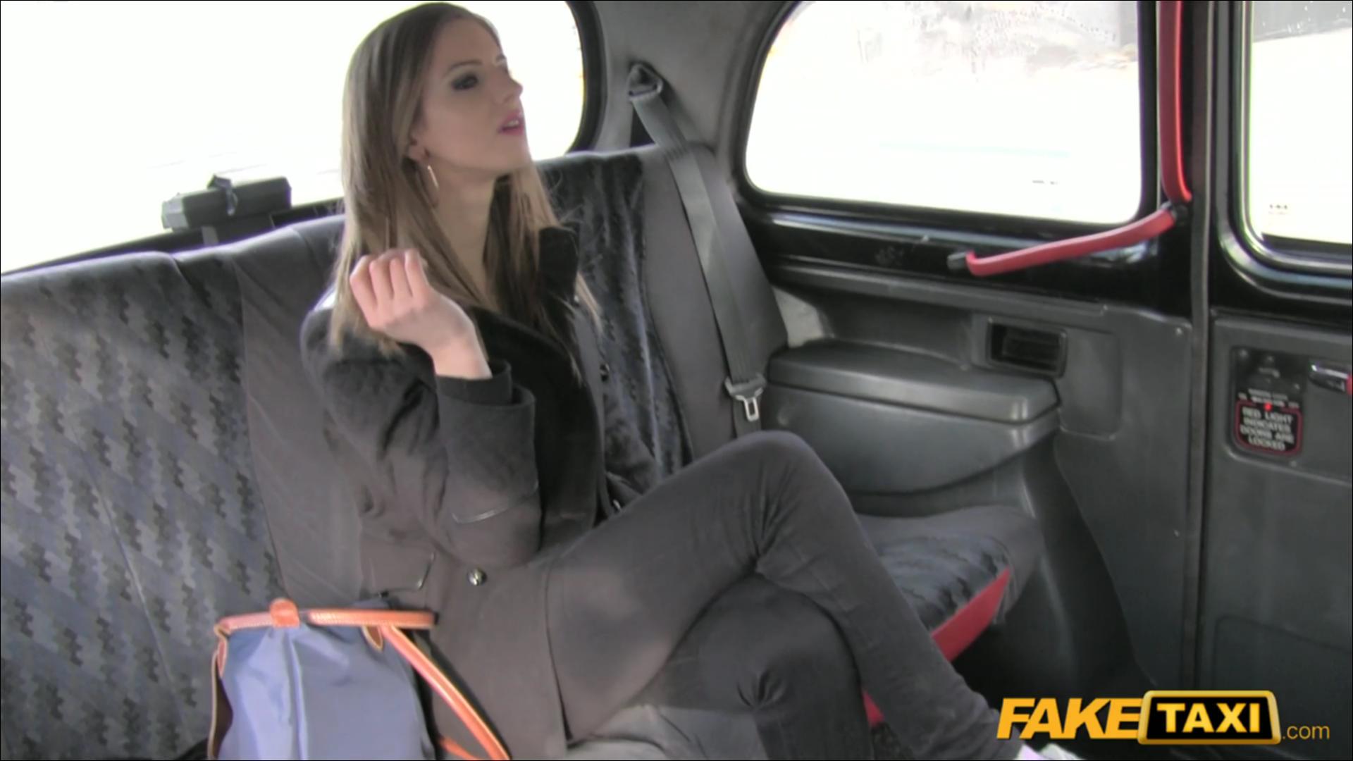 Taxi  -6560